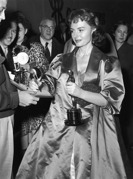 The Most Iconic Oscars Dresses Donna Reed
